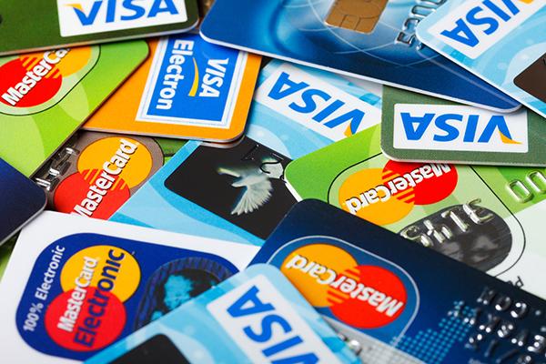 イシュア(クレジットカード発行会社)の役割とは