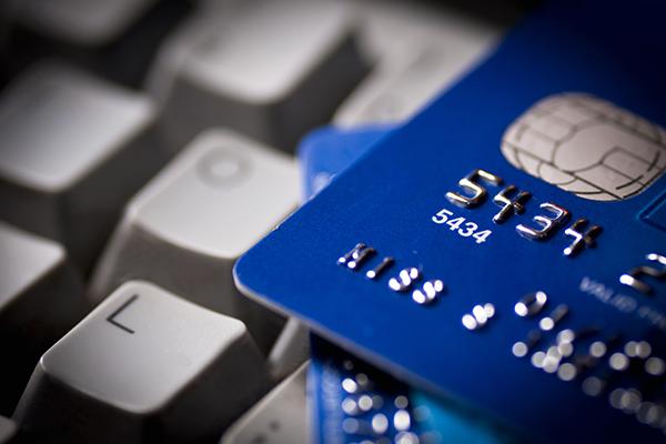 経理業務を効率化! 「法人カード」のメリットと注意点